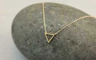 b4543e329 Symbolika šperkov · Valentínsky darček ...