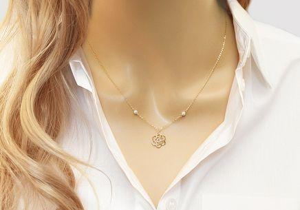 3f69e49926a7 Zlatý náhrdelník s perlami a kvetom Zlatý náhrdelník s perlami a kvetom