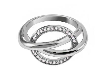 d5fd0bee1 Dizajnový strieborný prsteň so zirkónmi Dizajnový strieborný prsteň so  zirkónmi