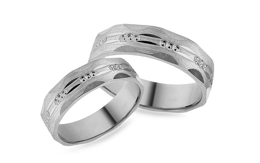 Zásnubné prstene z bieleho zlata s gravírom d9861ca7719