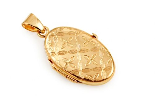 Zlatý oválny medailón na fotku s kvetinovým gravírom 6b2ce257269